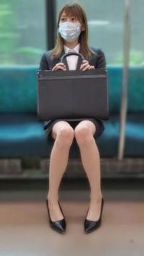 【オボワz☆ 投稿作品 無】新人営業OL・スーツに射精・玩具挿入電車盗〇・中出し(57分)【個人撮影】