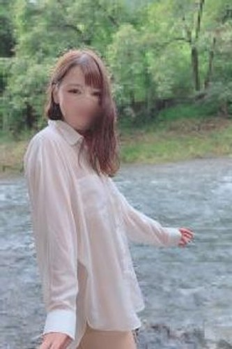 【オボワz☆ 投稿作品】シャツ1枚色白女子大生。野外露出連続中出し(35分)