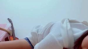 【ovz投稿作品】激カワ!J★の自撮りオナてんこ盛り(美少女)【Live322】〇J*確信犯的に胸チラをするエース